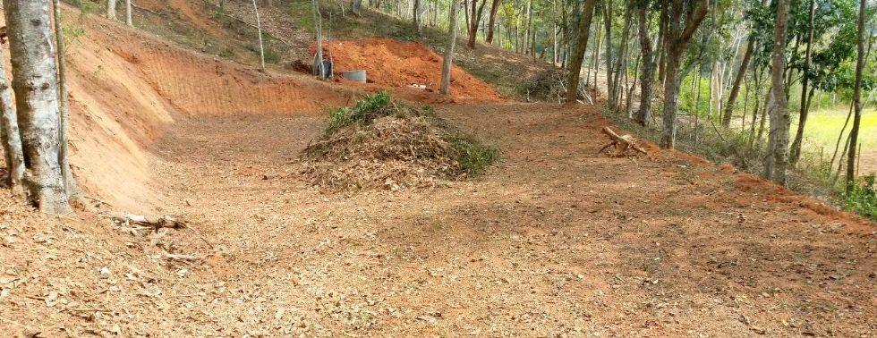 Terreno com �tima topografia - Itaipava   R$ 250.000,00